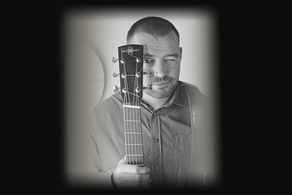 luis-guerrero-spanish-acoustic-guitar-lovers-luis-tanasu