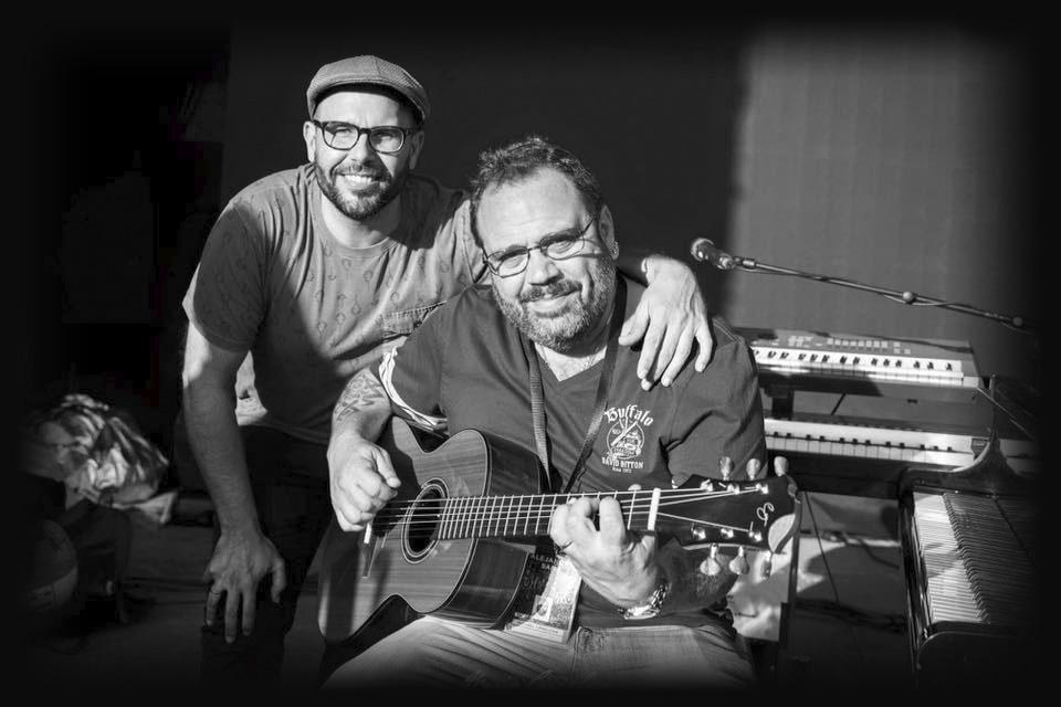luis-guerrero-spanish-acoustic-guitar-lovers-michael-ciro