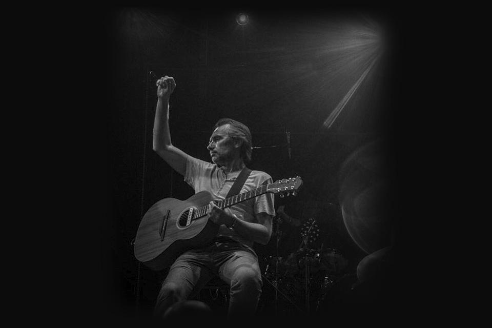 luis-guerrero-spanish-acoustic-guitar-ludovico-vagnone