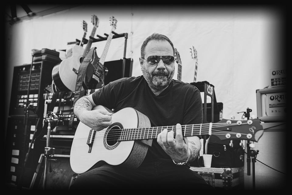 michael-ciro-luis-guerrero-spanish-acoustic-guitar